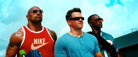 film-pain_and_gain-2013-paul_doyle-dwayne_johnson-tops-nike_tank