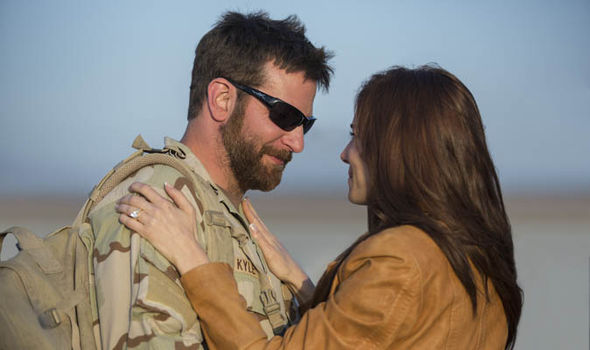 bradley-cooper-and-sienna-miller-kiss-in-american-sniper-299604